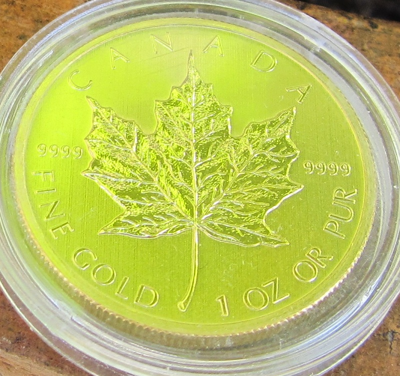 screensaver gouden maple leaf